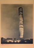 Christo: 5600 Kubikmeter-Paket, Kassel, 1968
